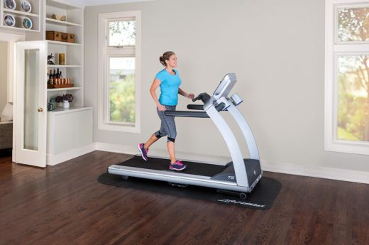 Life-Fitness-T5-Treadmill-Track-Console-1